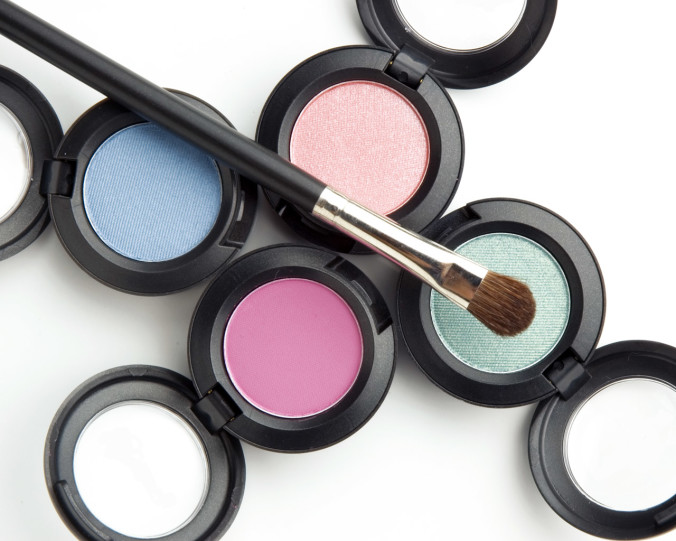 eye-shadows and brush