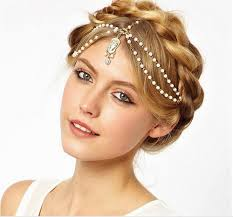 hair do with accessories